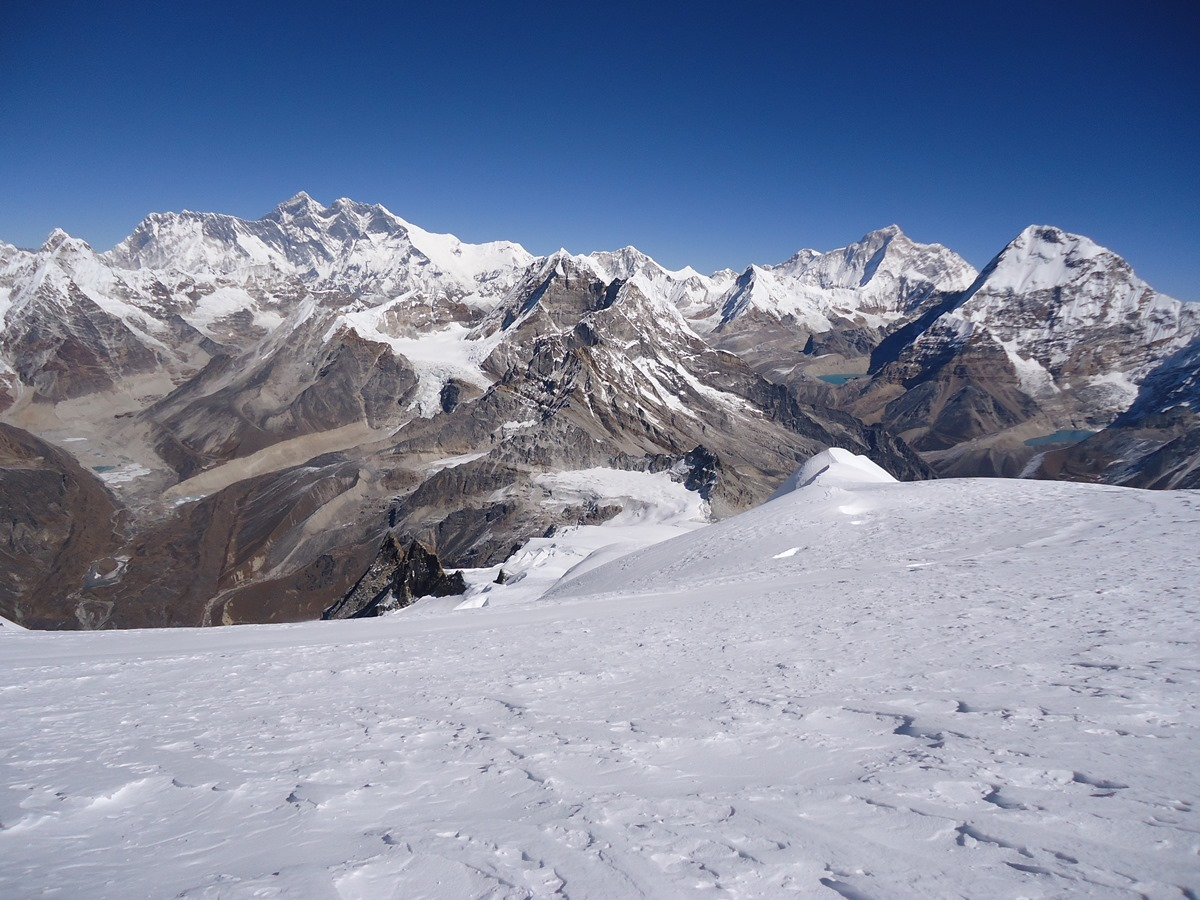everest-range-seen-from-mera-peak