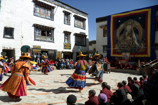 mustang-tiji-festival-trek